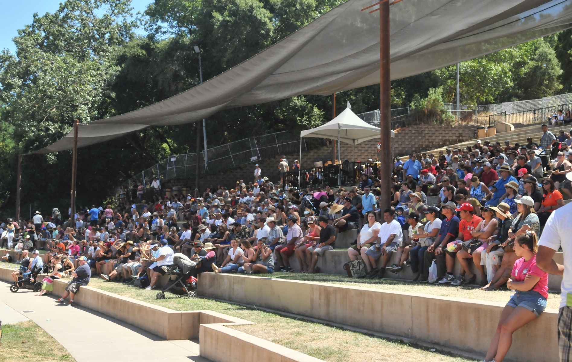 Christmas Hill Park Ca.Bcx News The Amphitheater As A Music Venue In The 2017