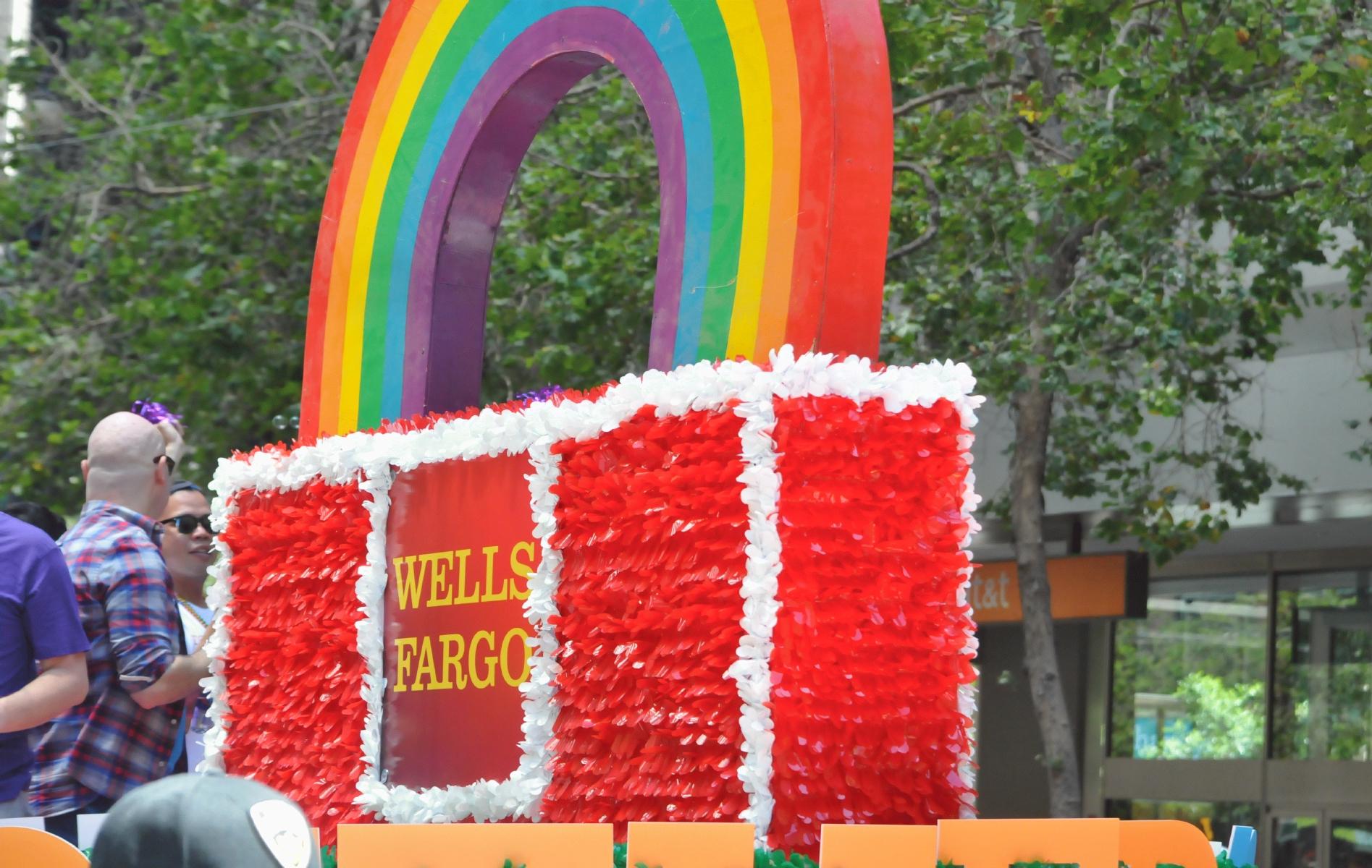 Wells Fargo Commercial Girl Cat