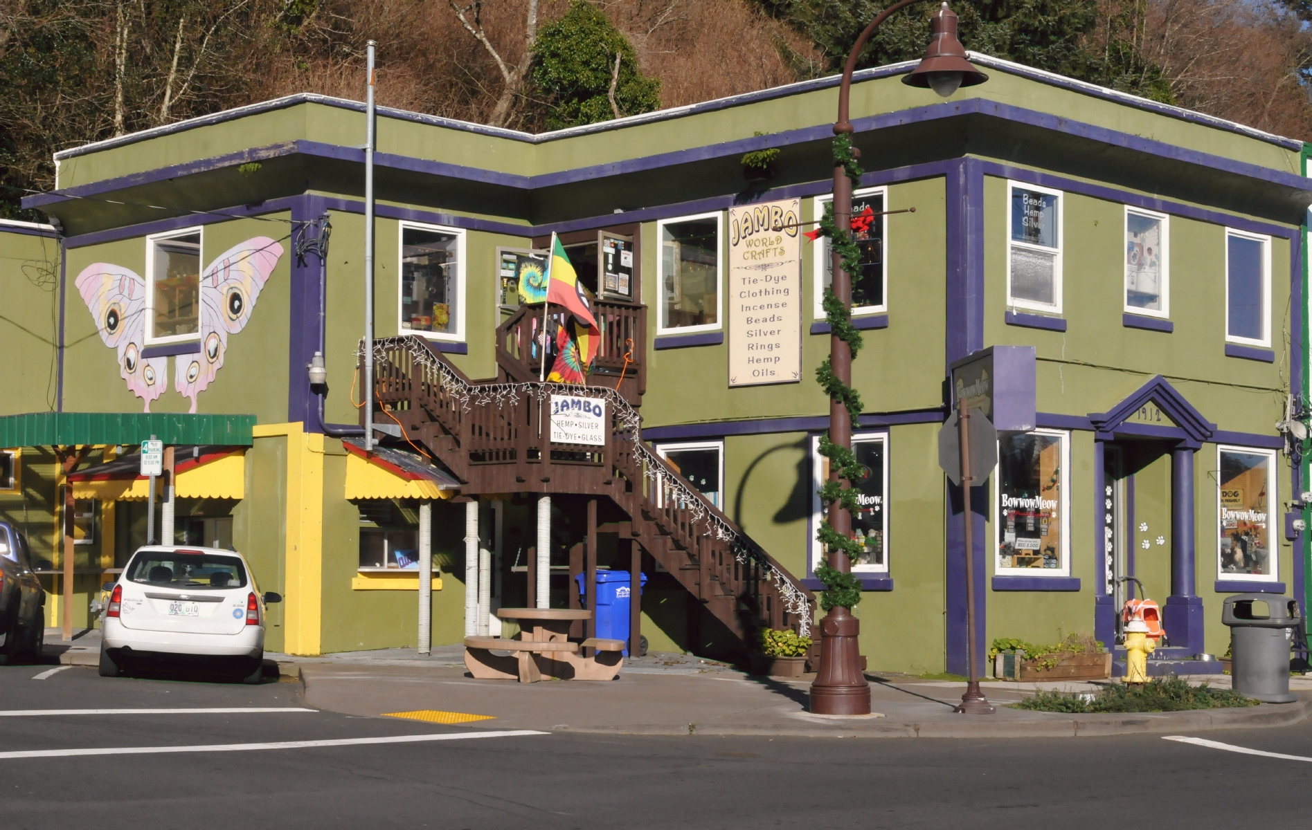 Bcx news sw bay blvd in newport an oregon beach town for Craft stores eugene oregon