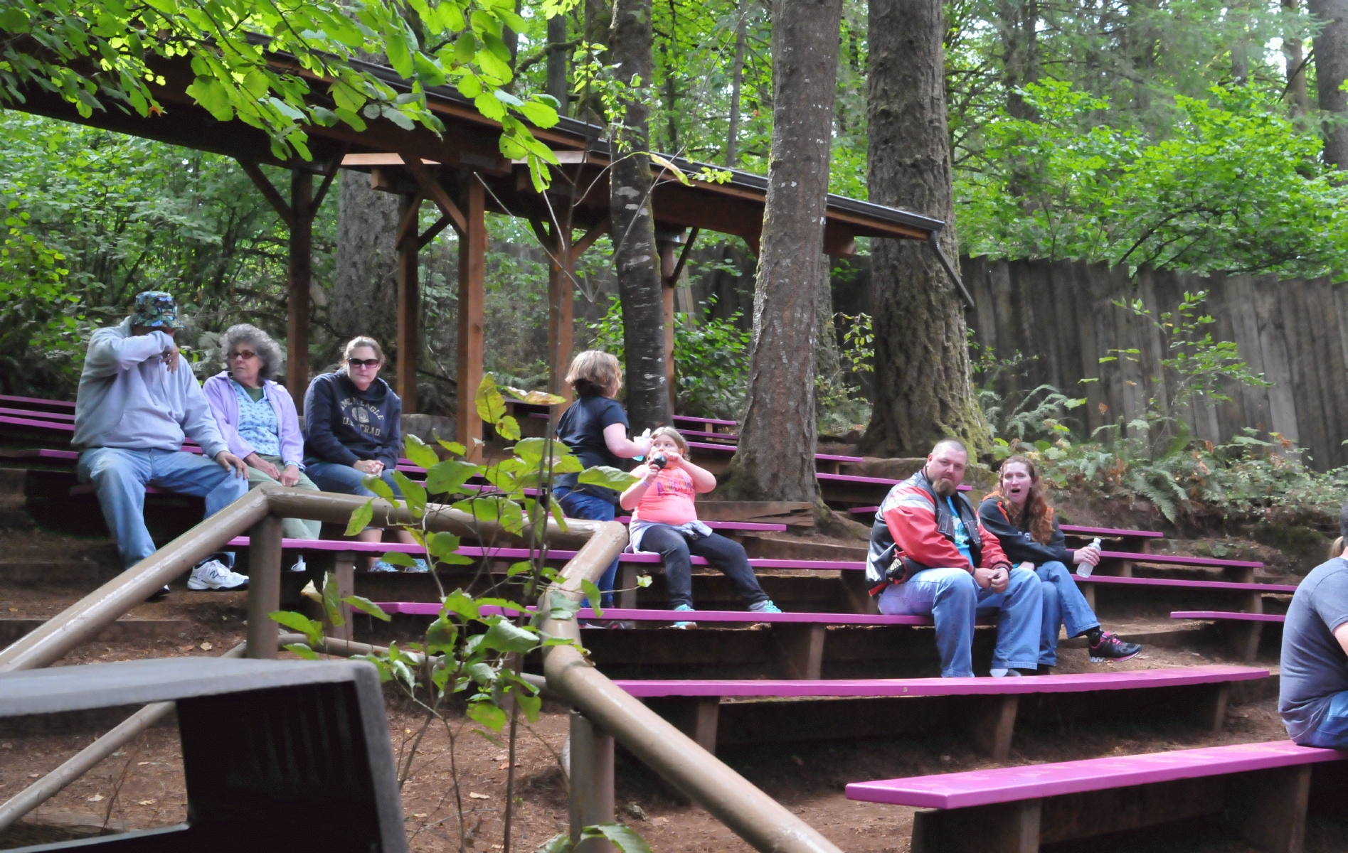 Enchanted Forest 20160904 124753 C16 8972 Lots Of Seating